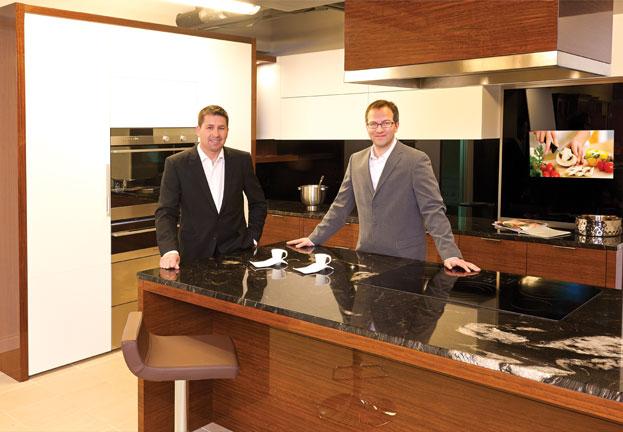 Magazine prestige richard levesque cuisines et salles for Richard et levesque cuisine et salle de bain